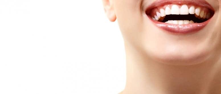 تبييض الاسنان هل له أضرار؟